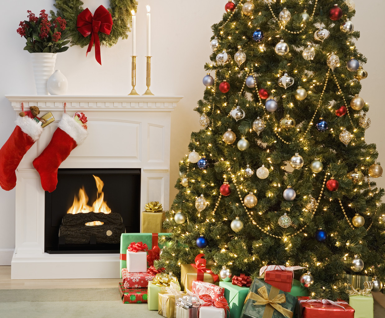 Christmas Tree With Presents And Fireplace With Stockings Altamont